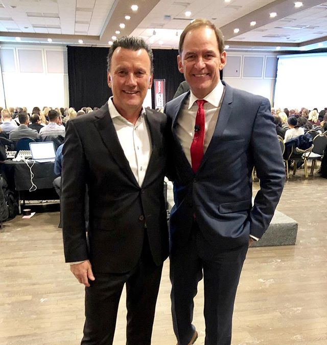Honoured to be speaking at The Success Summit hosted by @royal_lepage about what it takes to be successful in today's Real Estate industry.  Always a pleasure to be with @philipsoper and share thoughts. . . . #rri #rrilive #royallepage #realestatecoach #realestate #industryevent #coach #success #results #ottawa #successtour #bebetter #successmindset